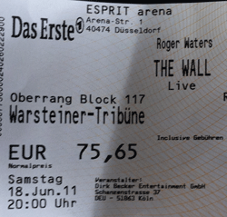 Nur ein weiterer Stein in der Mauer – Just another brick in the wall